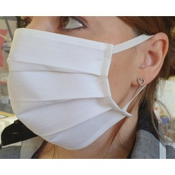 Weiße Schutzmaske aus Baumwolle